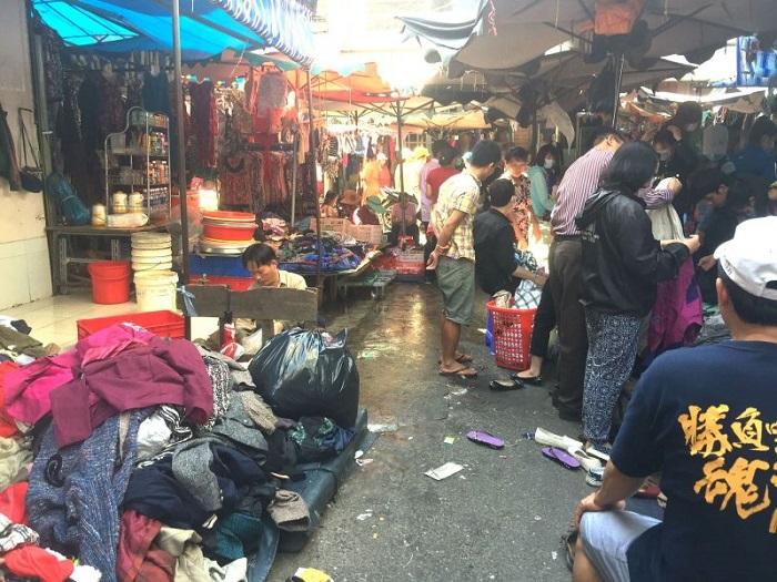 khu chợ đồ cổ ở Sài Gòn - chợ Hoàng Hoa Thám chuyên đồ si