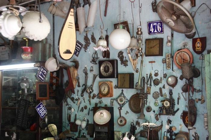 chợ đồ cổ ở Sài Gòn - Lê Công Kiều mua sắm