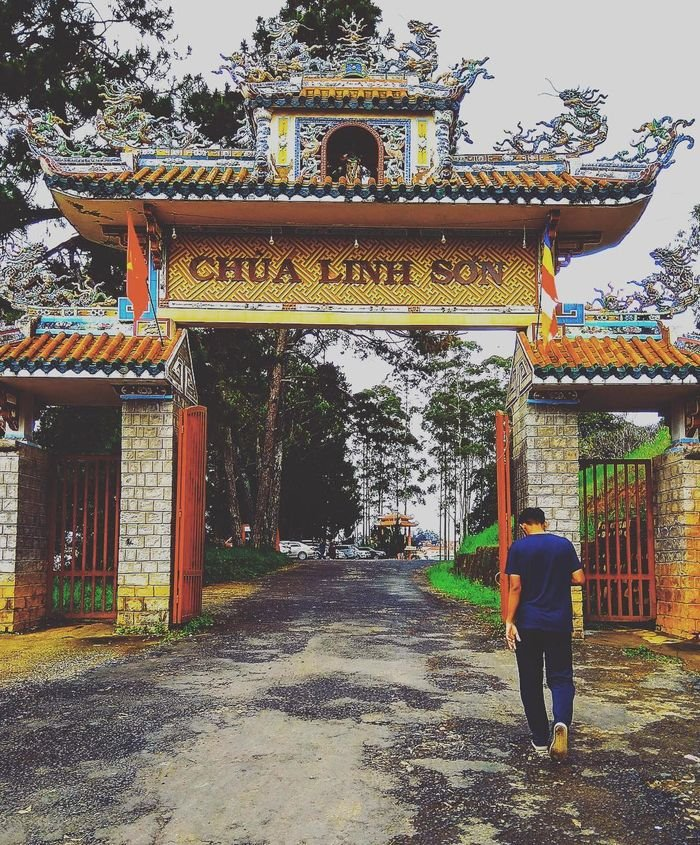 Chùa Linh Sơn ngôi chùa ở Đà Lạt đẹp
