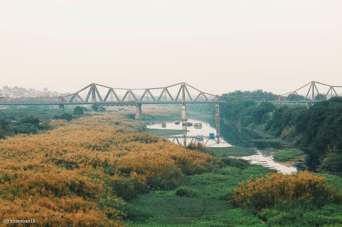 cầu Long Biên - điểm ngắm mùa thu Hà Nội lãng mạn như phim