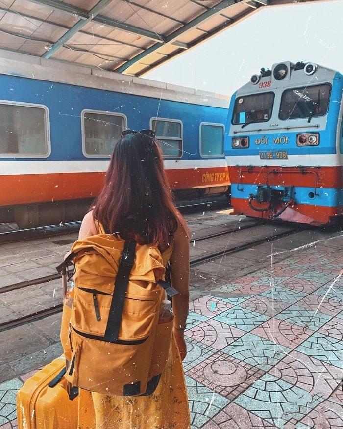 Có nên đi du lịch bằng tàu hỏa hay không? - có, vì hành lý được mang theo thoải mái