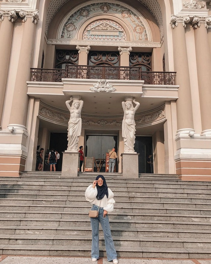 Famous architectural works in Saigon - Opera House