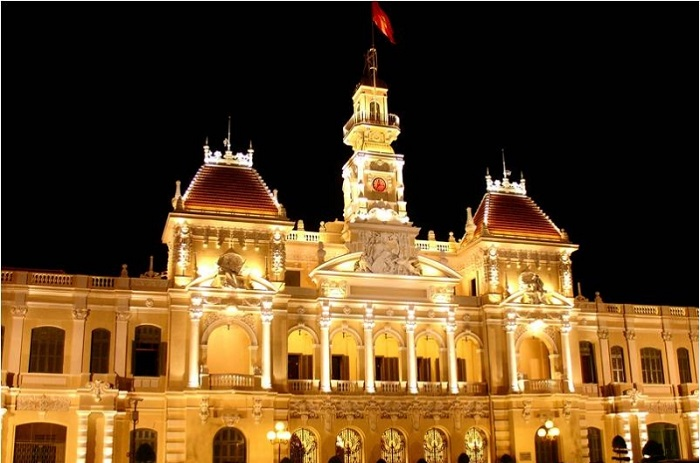 Famous architectural works in Saigon - the headquarters of the People's Committee