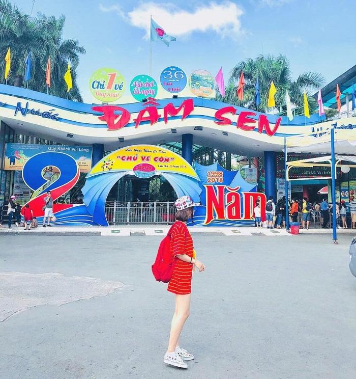 Water park in Saigon - Dam Sen Water Park
