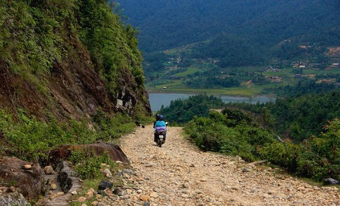 Di chuyển đến hồ Séo Mý Tỷ Sapa