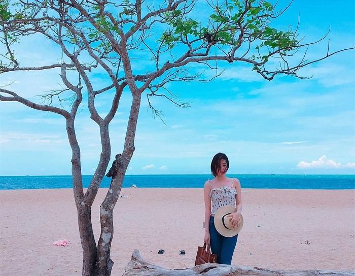 Beautiful check-in places in Vung Tau - O stream