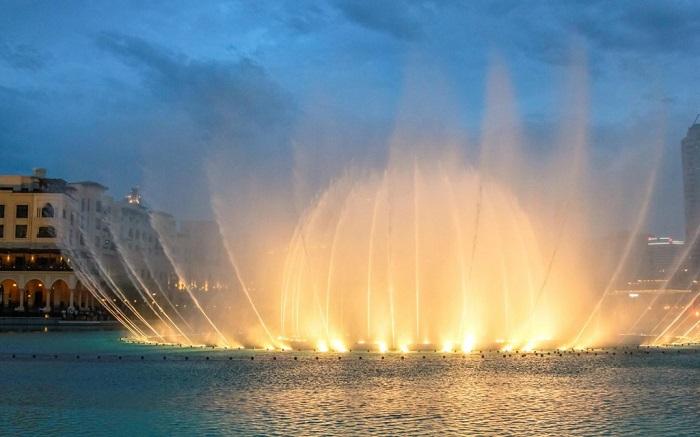 Ngắm các Đài phun nước Dubai trong chuyến tham quan Dubai về đêm
