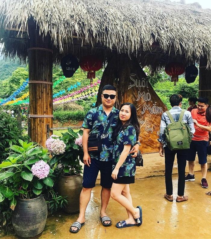 Welcome gate of Mo Ma stream tourist area
