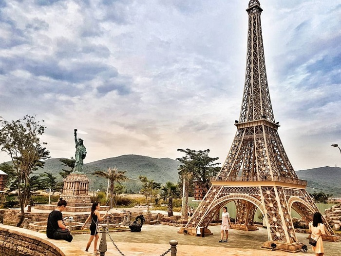 About Danang Wonders of the World Park