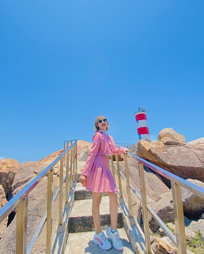 Ganh Den lighthouse beauty