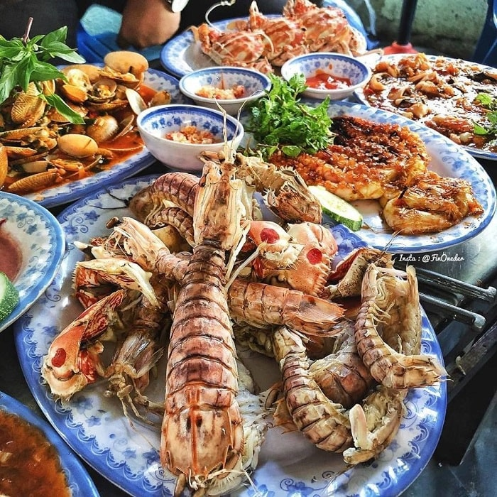 What to eat when coming to East Sea park