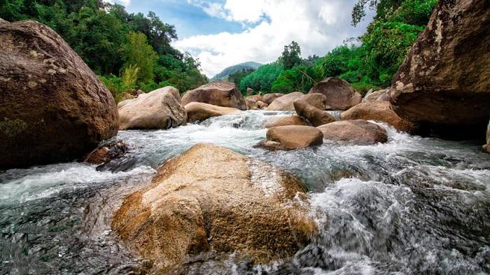 Hành trình khám phá Suối Tiên Nha Trang