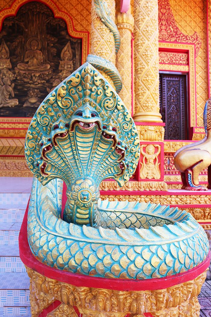 Check in chùa Pisesaram - Hình tượng rắn thần