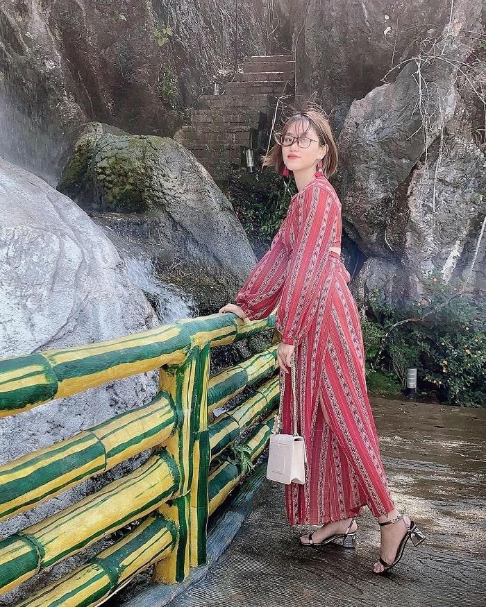 thác nước khu du lịch núi Mộc