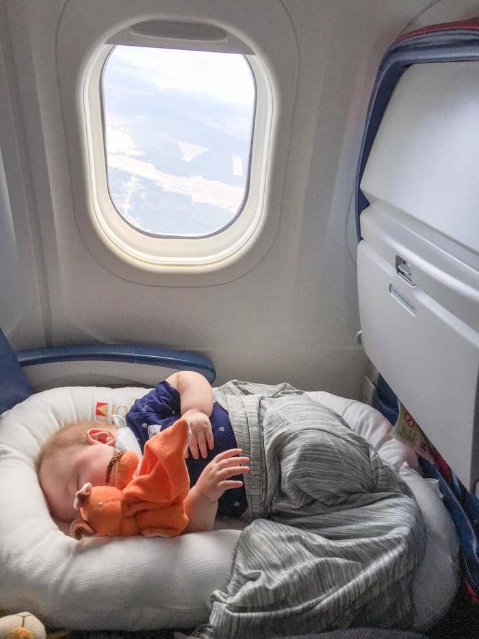 Có nên cho trẻ đi du lịch hay không - Khi đi chơi xa