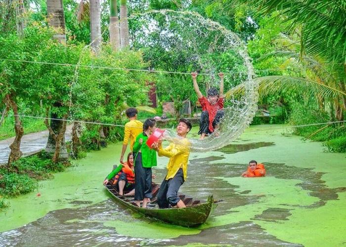 Ca Mau international eco-tourism area - entertainment