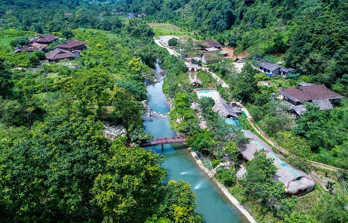 Panoramic view of Mo Ma stream tourist area from above