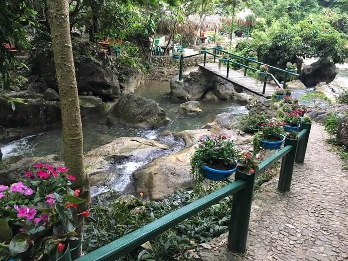 Mo mam stream tourist area