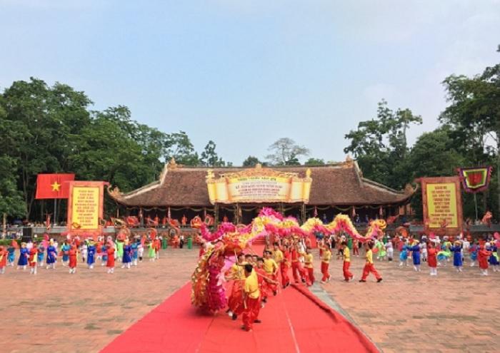 lễ hội - ngày đến lý tưởng tại khu di tích Lam Kinh