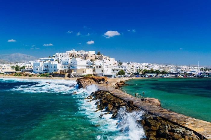 Bãi biển Agia Gorgios -  Du lịch đảo Naxos Hy Lạp