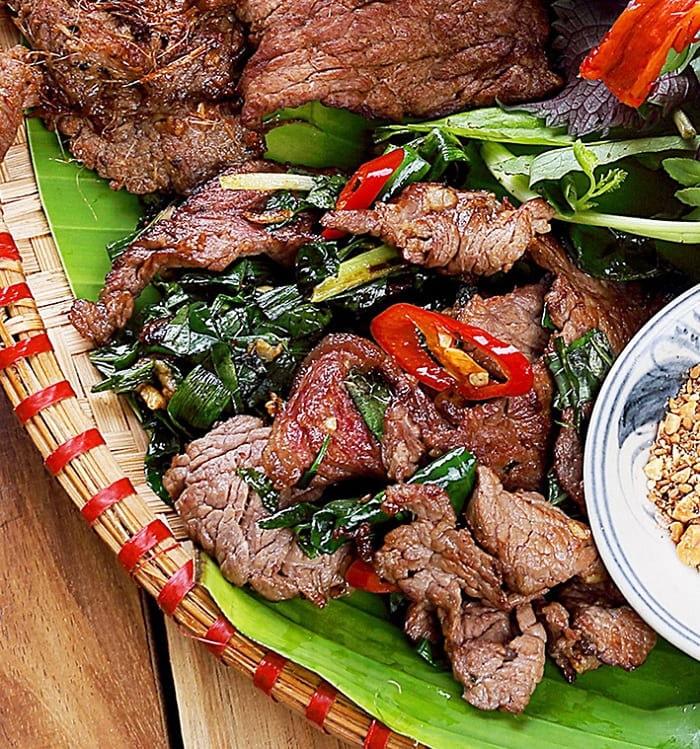 Món trâu giật - đặc sản Từ Sơn, Bắc Ninh