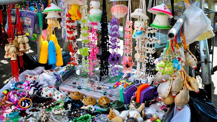 Buy gifts when traveling to Vung Tau - souvenirs
