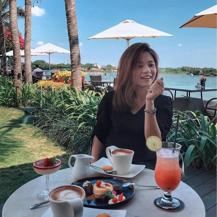 Những nhà hàng view sông ở Sài Gòn nổi tiếng - Bistro Sông Vie