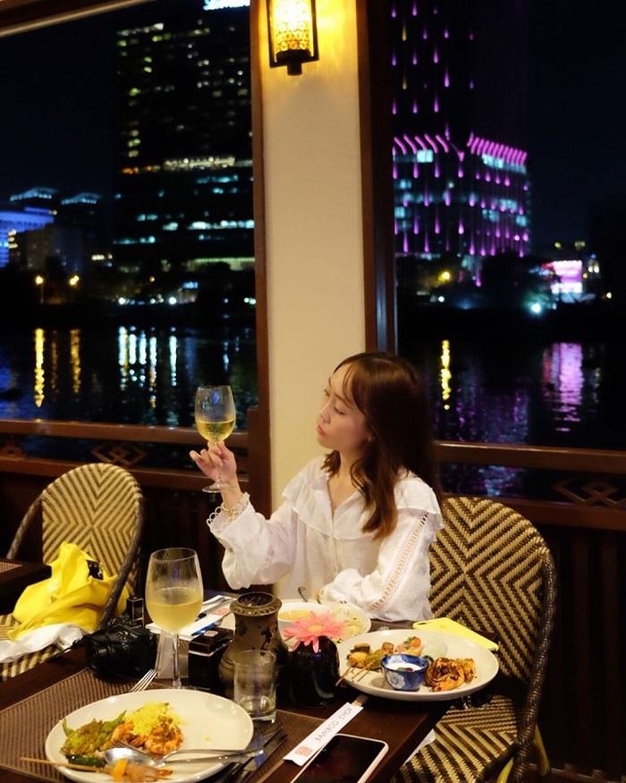Những nhà hàng view sông ở Sài Gòn nổi tiếng - Bonsai Cruise