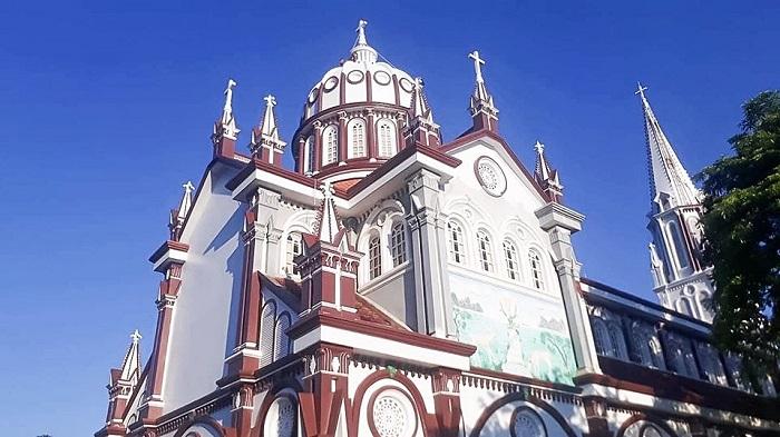 Điểm tham quan gần nhà thờ màu hồng ở Nghệ An