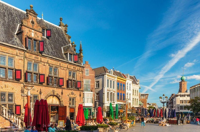 Những con phố mua sắm cổ nhất ở Hà Lan - Du lịch Nijmegen