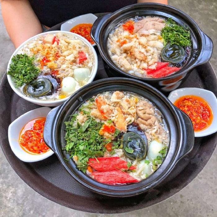 Những quán ăn vặt đường 30/4 Phú Quốc - Súp cua Bà Chín