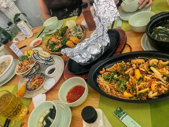 những quán chay ngon nhất ở Bình Dương - Nhà hàng chay Tàu Hủ Phố thực đơn