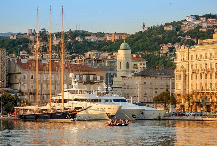 Bến cảng Rijeka - điểm đến ở Rijeka