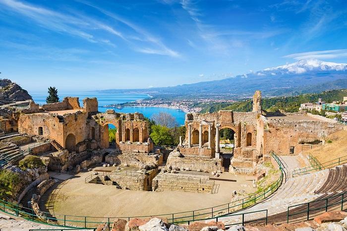 Nhà hát - Du lịch Catania