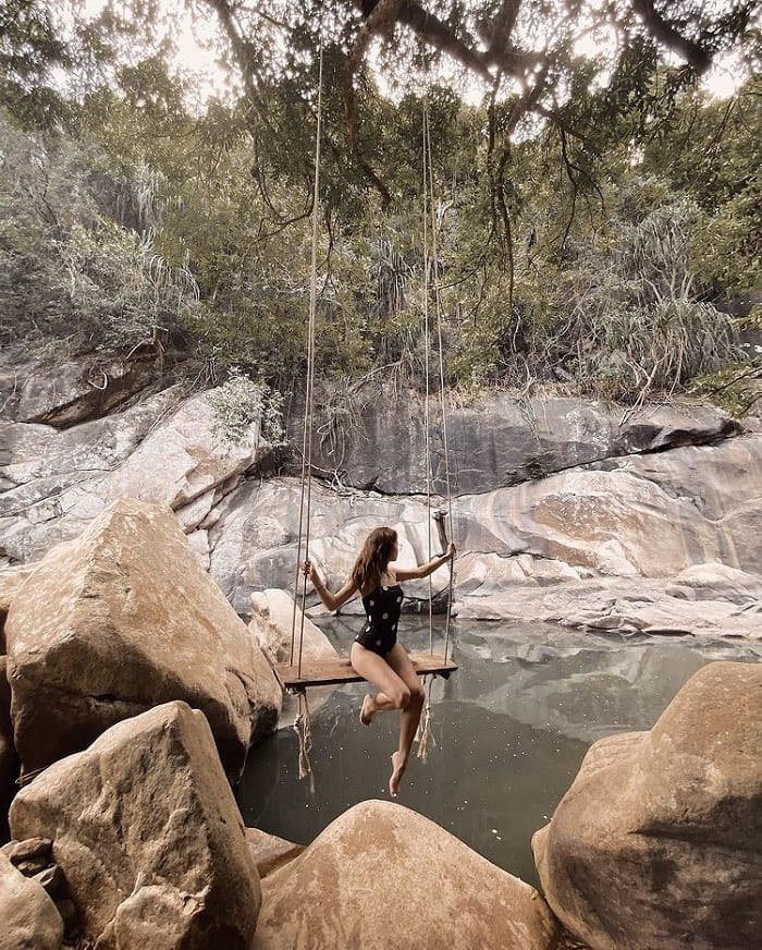 Giới thiệu suối Ba Hồ