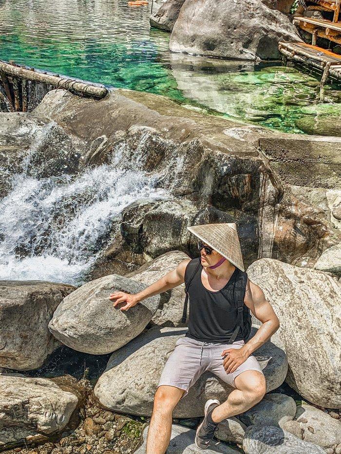 Tien Hue stream tourism