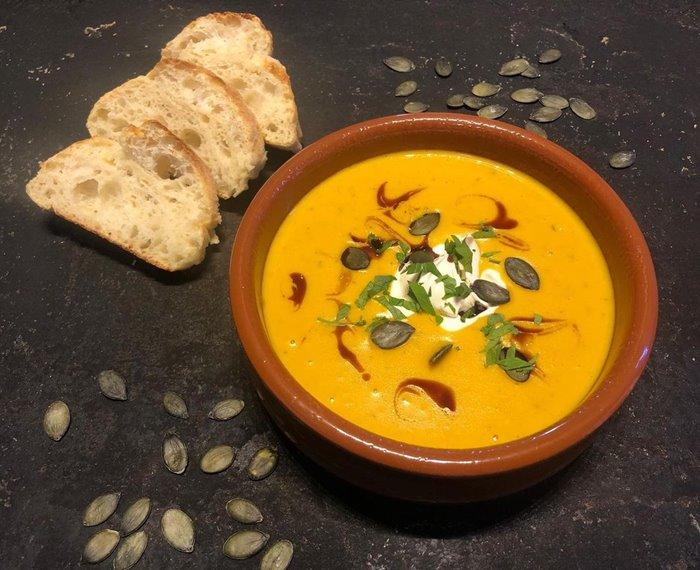súp bí ngô món ăn mùa thu trên thế giới