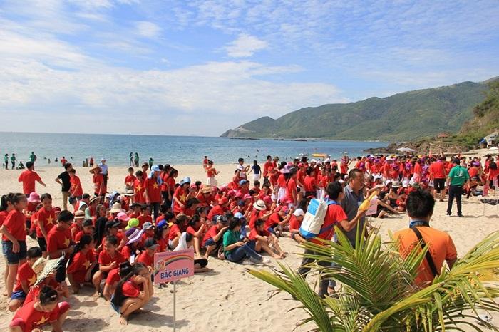 Team building at Nhu Tien beach Nha Trang