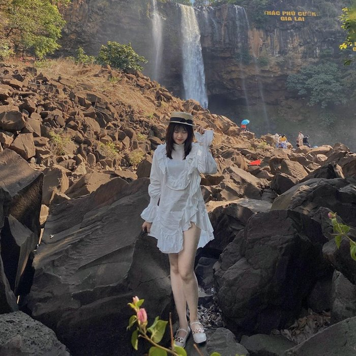 Phu Cuong waterfall check-in point for nature lovers in Gia Lai
