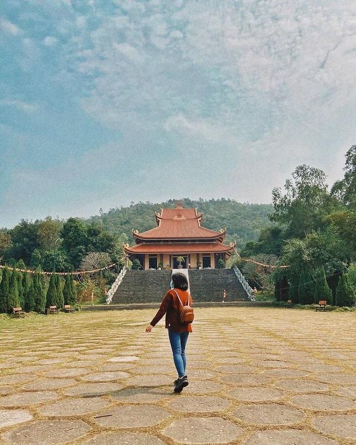 Thiền Viện Trúc Lâm Tuệ Đức - ngôi chùa ở Vĩnh Phúc đáng đến
