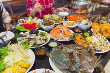Truy lùng những địa chỉ ăn hải sản ở Quy Nhơn 'must try' cho tín đồ ẩm thực