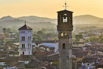 Du lịch đến thành phố cổ Lucca vùng Tuscany lãng mạn của nước Ý