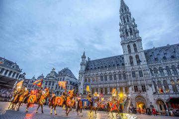 Những thị trấn thời trung cổ tuyệt đẹp ở Châu Âu như bước ra từ cổ tích
