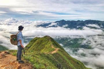 Đi tìm núi Phia Po check in 'sống lưng khủng long' ở Lạng Sơn
