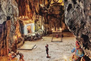 Thăm động Huyền Không Đà Nẵng kỳ ảo trên núi Ngũ Hành Sơn