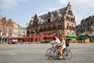 Du lịch Nijmegen Hà Lan - thành phố cổ kính có từ thời La Mã