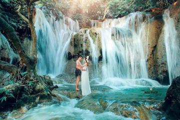 'Xỉu up xỉu down' trước những ngọn thác đẹp ở Thanh Hóa