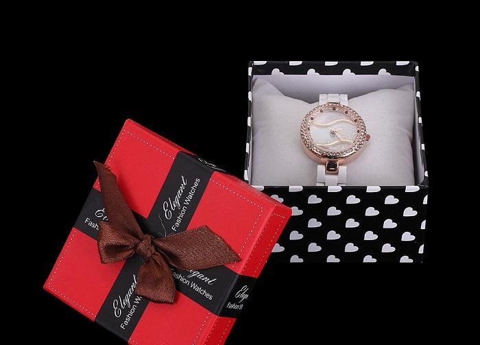 Văn hóa tặng quà ở Đài Loan kiêng kỵ tặng đồng hồ