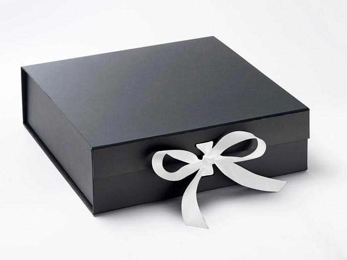 Văn hóa tặng quà ở Đài Loan kiêng tặng màu đen