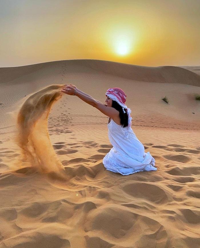 Sa mạc ở UAE - Kinh nghiệm du lịch Trung Đông